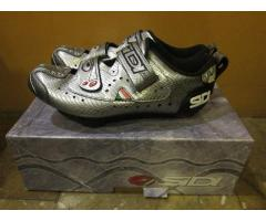 Sidi Scarpe T2 Carbon Composite Triathlon/Road Bike Shoes (Made in Italy) (Brand New)