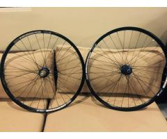 Hope 26 Wheelset w/ free  Chris King Headset