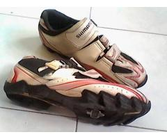 For sale Shimano MTB Shoes size 44 including cleats and pedals