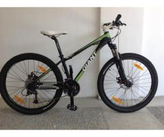 SOLD! - 2011 Giant Revel 0 - XtraSmall