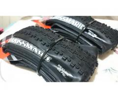 Brand New MAXXIS Crossmark 26x1.95 Folding bead Tire - Pair