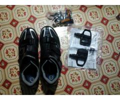 S>shimano R078 (size 45) roadshoes spd-sl with cleats and shimano pedalS