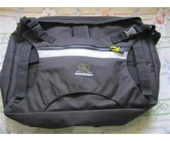 YakPak bike bag laptop messenger bag black