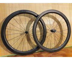 EXtremeLight Carbon Wheels With Viper S3 Hubs