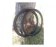 EXtremeLight Carbon Wheels With Chris King R45