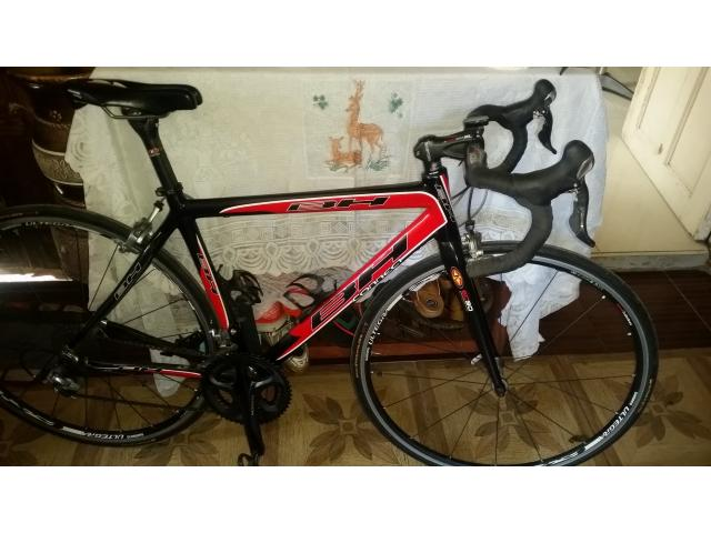 SOLD !  BH CONNECT carbon bike