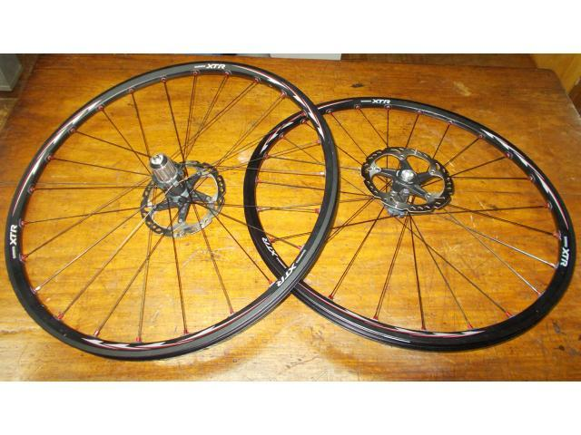 For Sale Shimano xtr m975 wheelset with icetech rotors