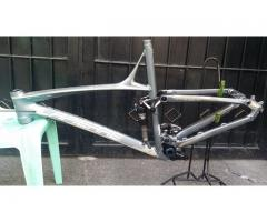 LAPIERRE 26er X-FLOW 412 ALLOY SUPER LITE FRAME FROM UK used Very Good Condition