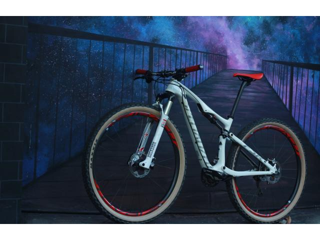 2015 Epic Carbon Comp