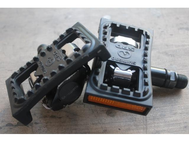(sold) USED SHIMANO SPD PEDAL