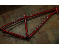 ( SOLD ) brand new niner frame
