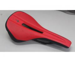 specialized phenom saddle