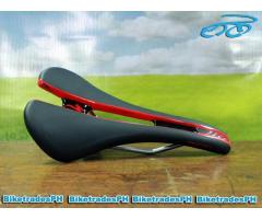 specialized romin black and red