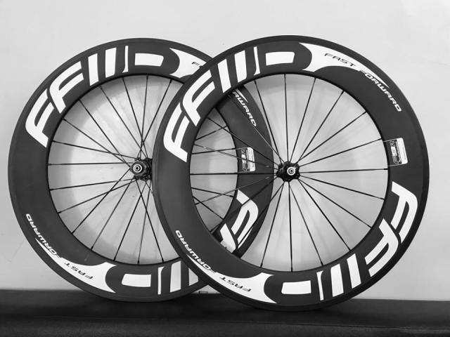 80mm Full Carbon wheelset